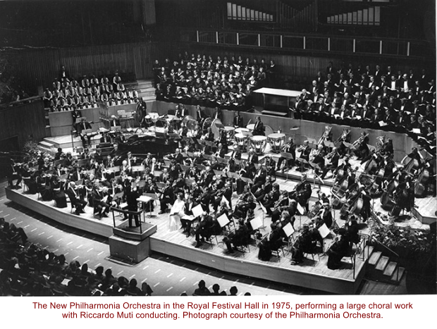 The New Philharmonia Orchestra in the Royal Festival Hall in 1975, performing a large choral work with Riccardo Muti conducting. Photograph courtesy of the Philharmonia Orchestra.